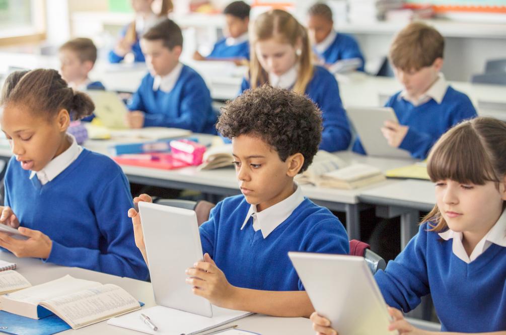 直播教学系统哪家比较好?如何选择?