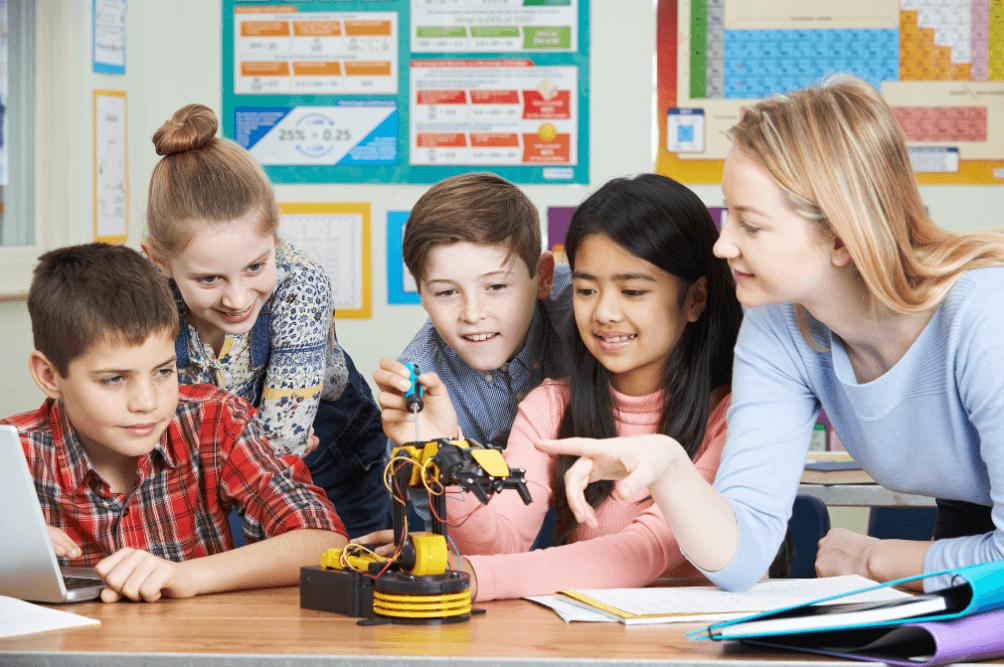 直播教学课堂系统有哪些?大概需要多少钱?