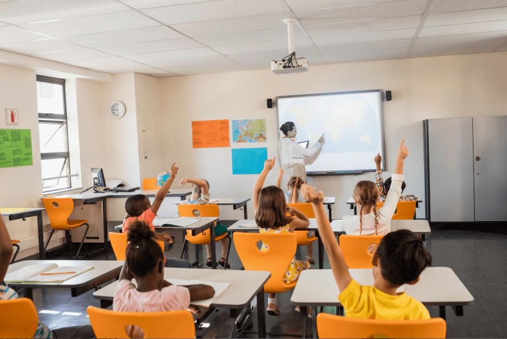 在线直播教育系统哪个好?